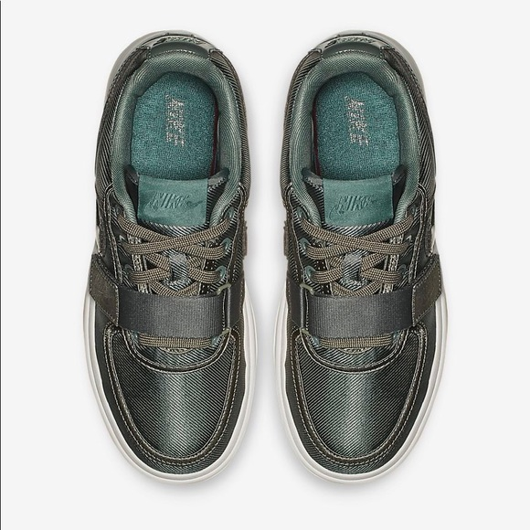 Nike Shoes   Vandal 2k Size 75 Dark